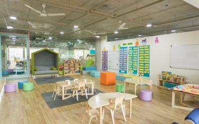 共働きでの幼稚園は無理?費用や、延長保育(預かり保育)、送迎について解説します